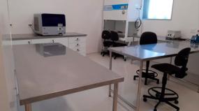 Aperam doa Aço Inox para Laboratório de Testagem de Covid-19 em Belo Horizonte