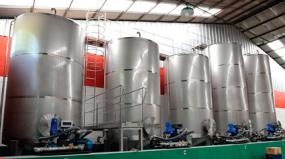 Por que tanque de aço inox é o melhor para reservatórios de água mineral