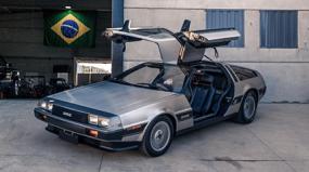Mais chamativo que Ferrari: como é dirigir (e manter) um DeLorean no Brasil