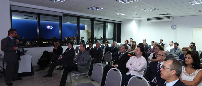 Fotos do evento Inox em Foco - Presente em Futuro. Fórum de Arquitetos, Fabricantes e Projetistas
